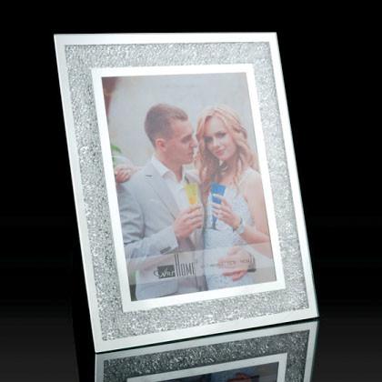 Crystal Photo Frame (Big) - Matrix Housewares